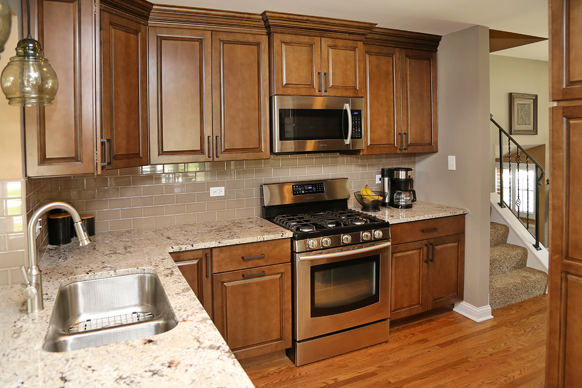 """Kitchen Square Footage before and after: watch a kitchen """"grow"""" without increasing square"""
