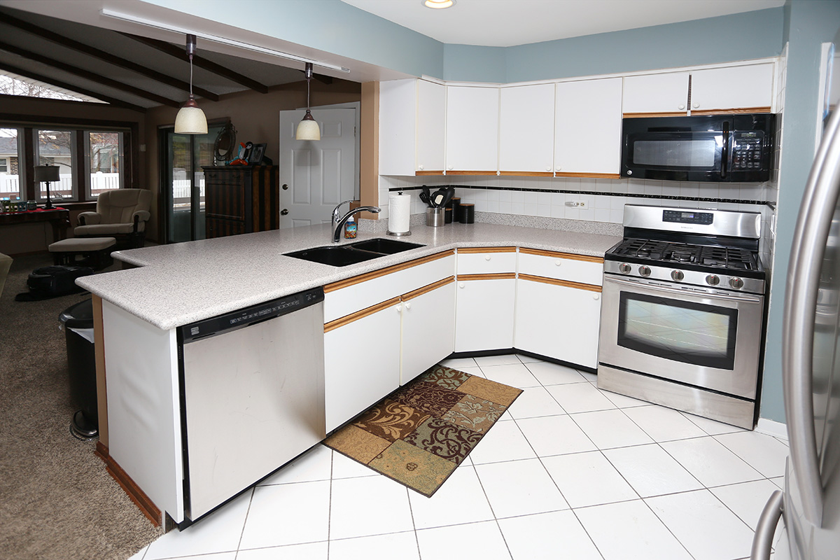 Before and After Watch a Kitchen Grow without Increasing Square – Kitchen Square Footage
