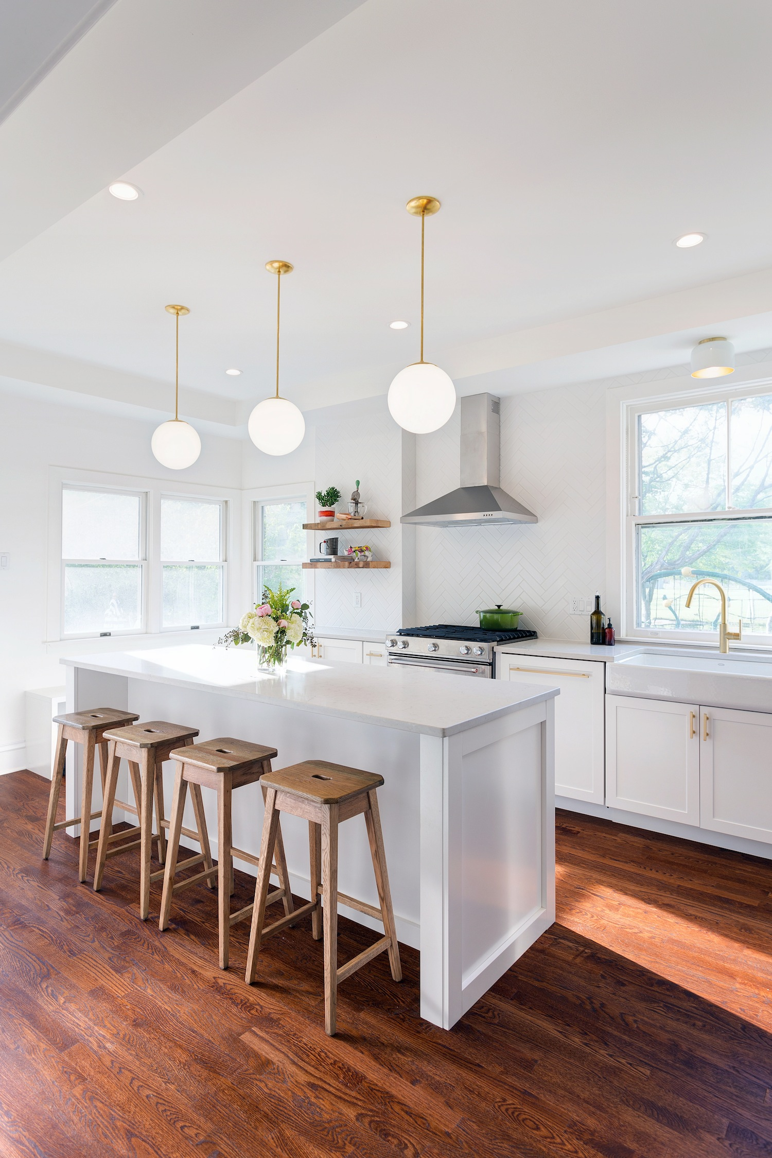 Before and After: Gorgeous Photos of an Oak Park Kitchen ...