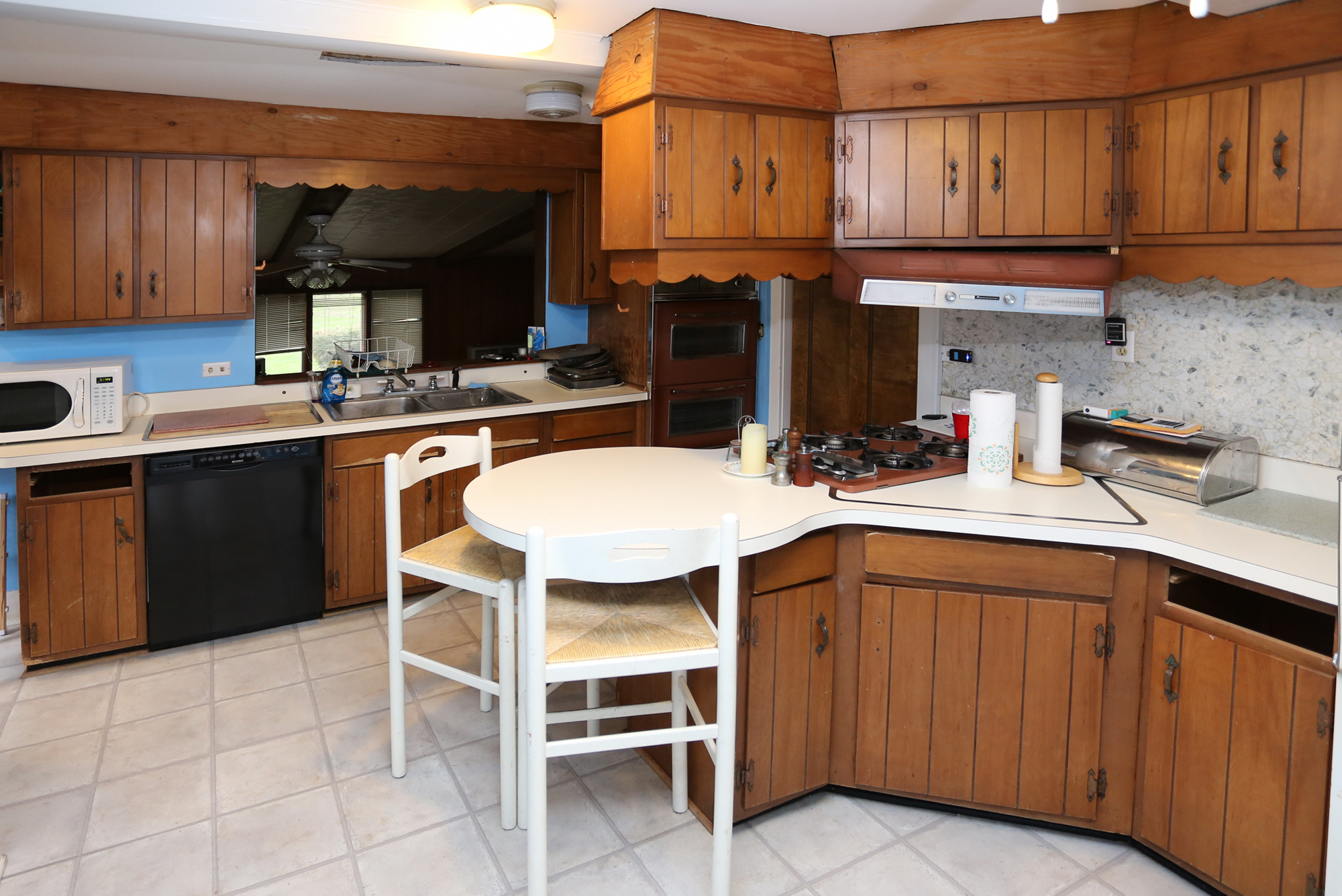 Ugly Kitchen Contest Winner Before/After Photos! | Seigles Cabinet ...