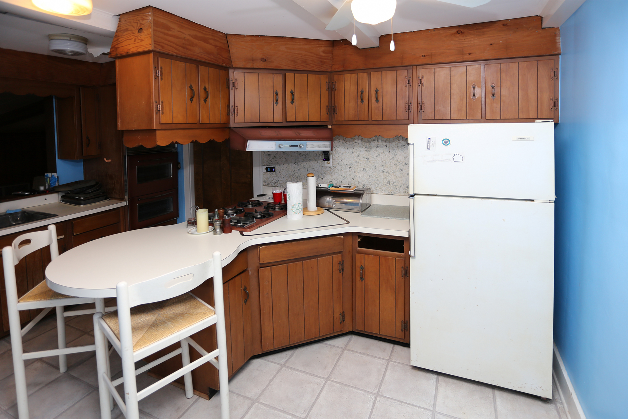 Ugly Kitchen Contest Winner Before/After Photos! | Seigles Cabinet on utopian kitchen, cleanest kitchen, old ugly kitchen, badly designed kitchen, painting ugly kitchen, pink kitchen, oldest kitchen,