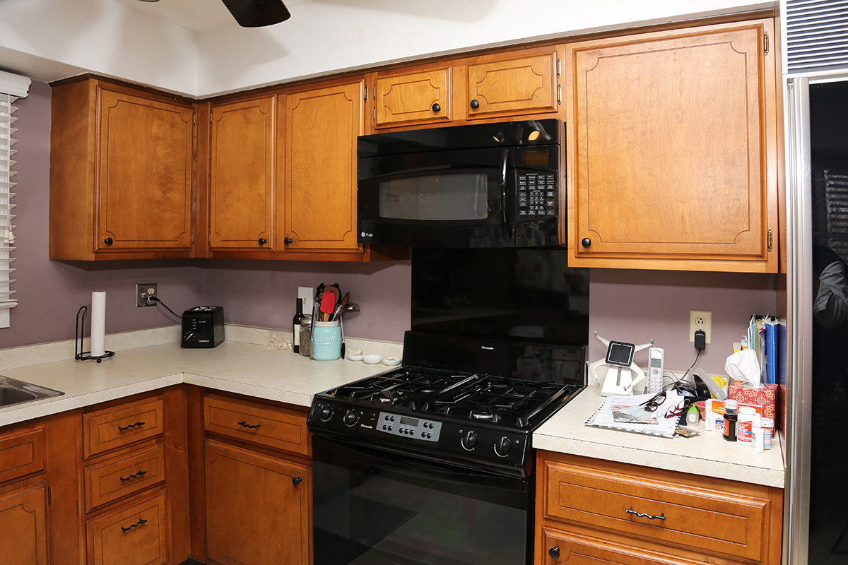 Diamond Vibe Cabinets Before And After Stunning Kitchen Remodel In Buffalo Grove
