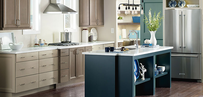 5 cabinet brands we love and why we love them seigles for Catalyzed paint for kitchen cabinets